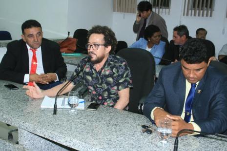 Professor Josemar Pinzoh elogiou atua+º+úo da C+ómara e interesse dos vereadores