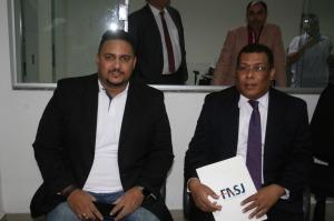 o professor Hesler Caffé e o Diretor Geral, Jair Miranda Junior (1)