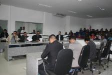 Vereadores e Plenário lotado para acompanhar votação de interesse da Guarda Municipal