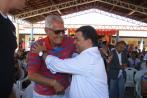 Cumprimentado pelo prefeito José CArlos Tanuri representou a familia homenageada
